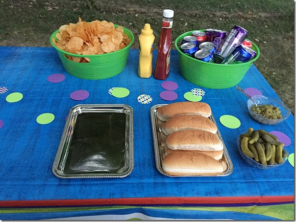 Family Friendly Bonfire Sprinkle #LuvsBabySprinkle |YoursAndMineAreOurs