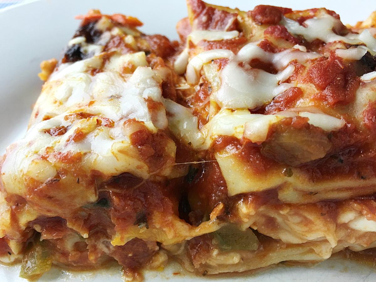 Supreme_Pizza_Lasagna_YoursAndMineAreOurs6